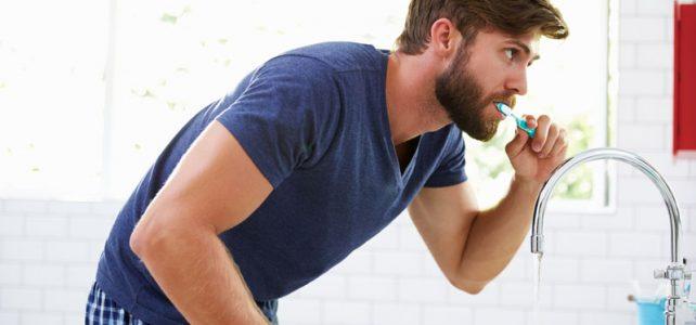Persönliche Zahnpflege: Wie man ein Leben lang Zähne hat