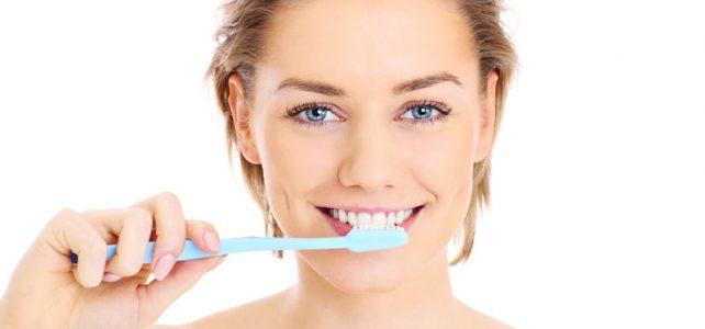 Wie man seine Zähne putzt